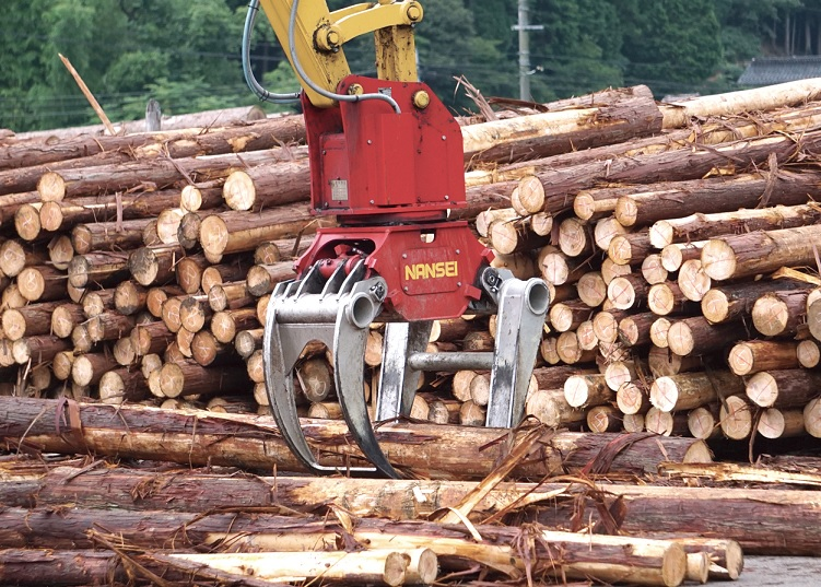 木材用グラップル 選木用  ②